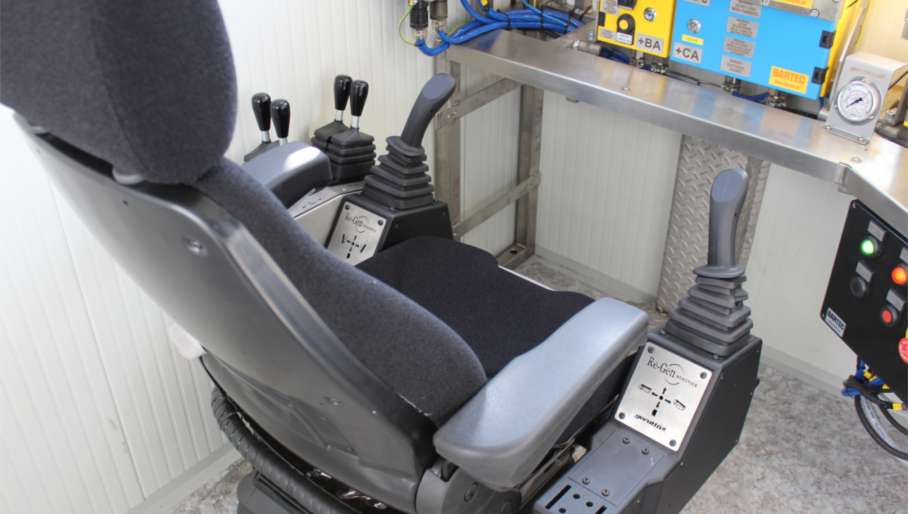20ft Solution - Seat with joysticks